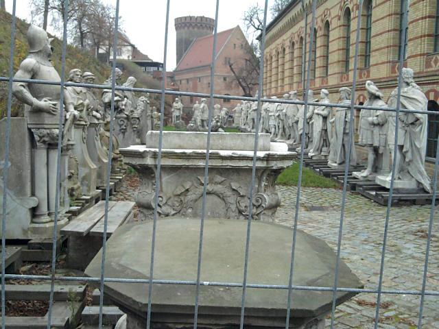 Spandau, alte Preußen in der Zitadelle, im Hintergrund der Juliusturm