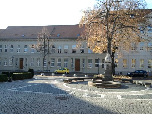 Köthen, Bach-Denkmal vor ehemaligem Bach-Wohnhaus