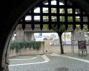 Linz, Stadttor zum Rhein