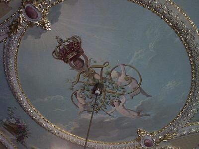 Greiz, Gottesgnadentum in einem Deckengemälde veersinnbildlicht (unteres Schloss)