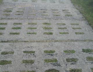 Brocken, Betonplatten-Kolonnenweg
