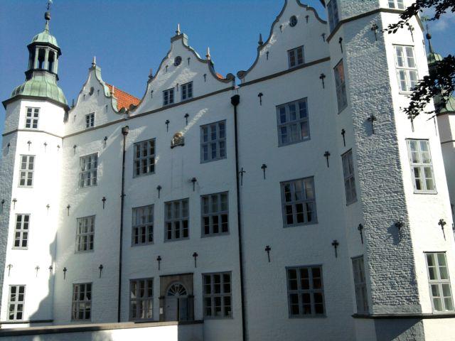 Ahrensburg, Schloss im Sonnenschein