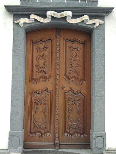 Neuwied, Tür der (ehemaligen) Mennonitenkirche