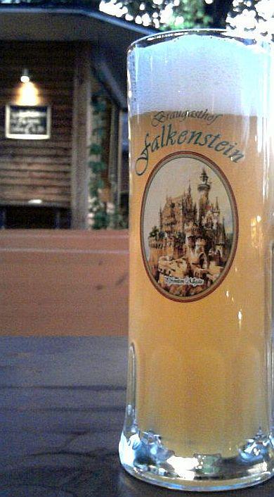 Pfronten, Ludwigs II. Falkenstein-Vision auf einem Bierglas
