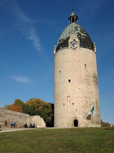 Freyburg, Dicker Wilhelm (Bergfried der Neuenburg)