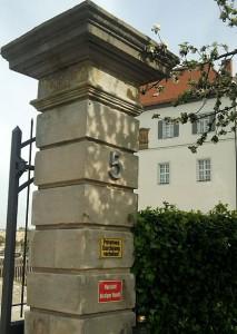 Goldkronach, Schlossportal