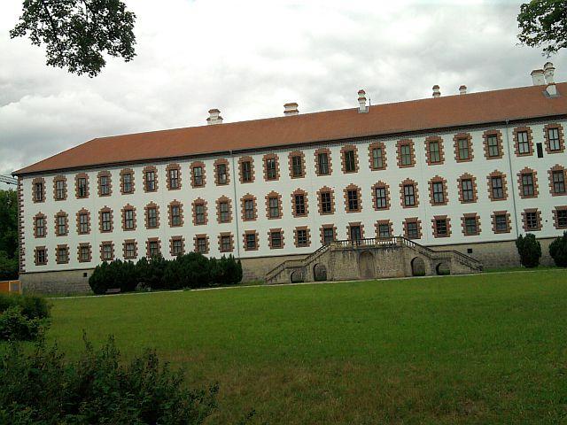 Meiningen, Schloss Elisabethenburg von der Werra aus