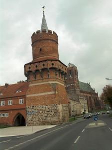 Prenzlau, Mitteltorturm (und Vorbild für einen Turm der Oberbaumbrücke in Berlin)