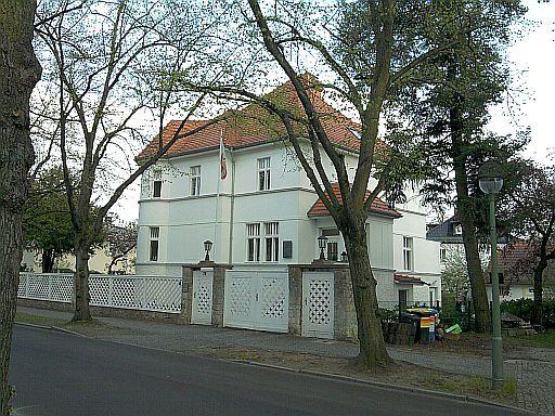 Berlin-Pankow, Majakowskiring (wo Wilhelm Pieck wohnte)