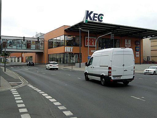 Marktredwitz, etwas überdimensionales Einkaufszentrum
