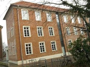 Jever, ehemalige Kaserne, jetzt Gymnasium