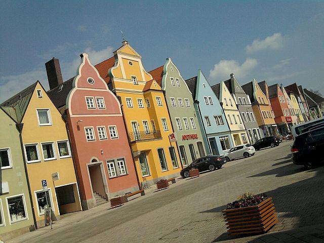 Neustadt an der Waldnaab, Stadtplatz (und Bundesstraße)