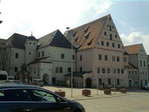 Neustadt an der Waldnaab, Altes Schloss (bzw. Landratsamt-Bestandteil)
