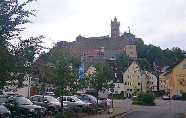 dillenburg-wilhelmsturm-ueber-stadt