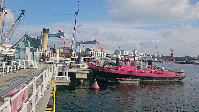 Kiel, an der See (oder Förde)