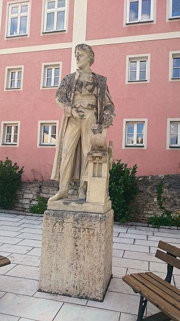Solnhofen, Senefelder-Denkmal