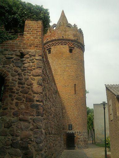 Gransee, Stadtmauer und Pulverturm