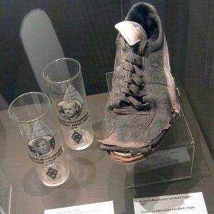 Berti Vogts' Fußballschuhe im Museum Rheydt