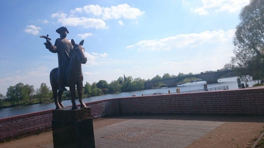 Schwedt, kleiner Markgraf am Oderkanal