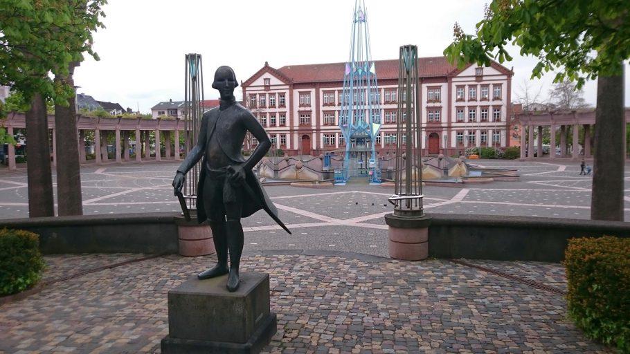 Pirmasens, Landgraf-Ludwig-Denkmal vorm Exe