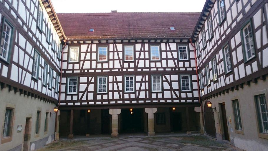 Schorndorf, Schloss-Innenhof