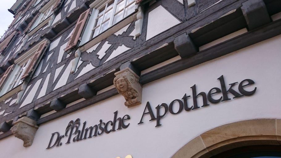 Schorndorf, Palm'sche Apotheke am Marktplatz