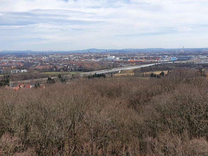 Zirndorf, Blick vom Aussichtsturm an der Alten Veste auf Nürnberg