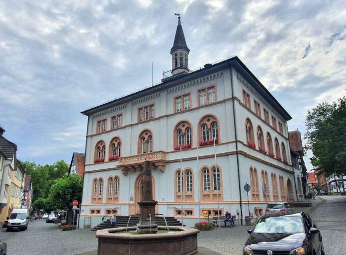 Lich, fachwerkfreies Rathaus